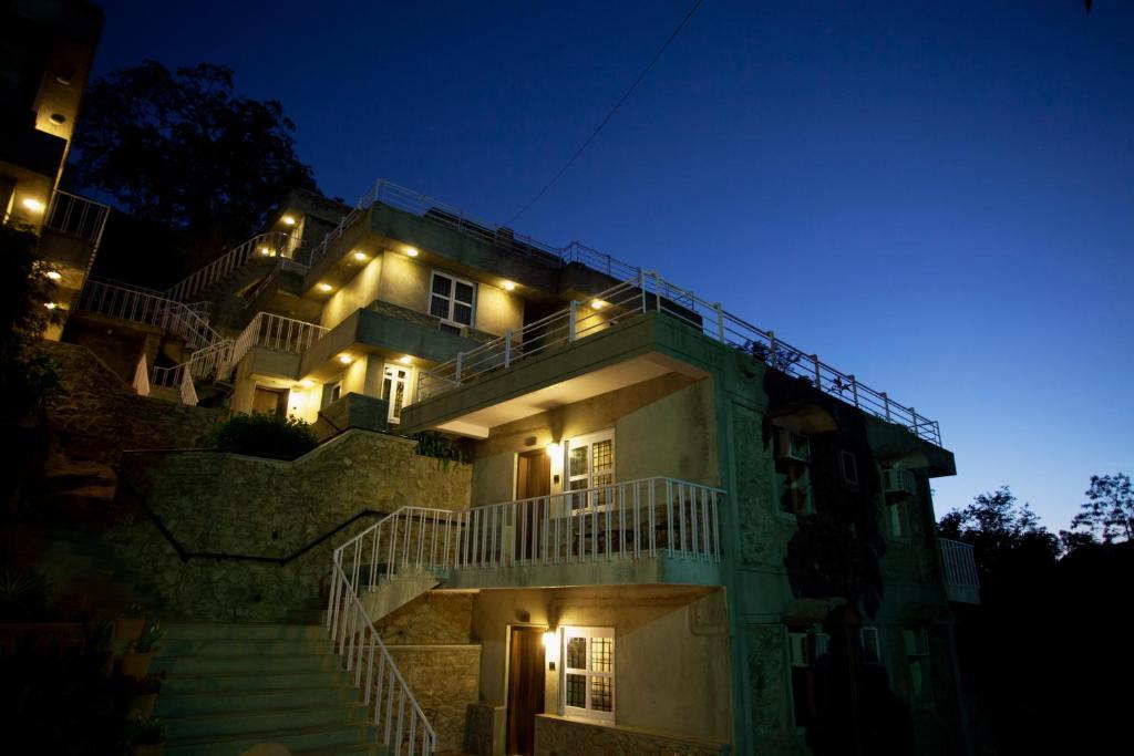 Hotel Aravali in Mount Abu