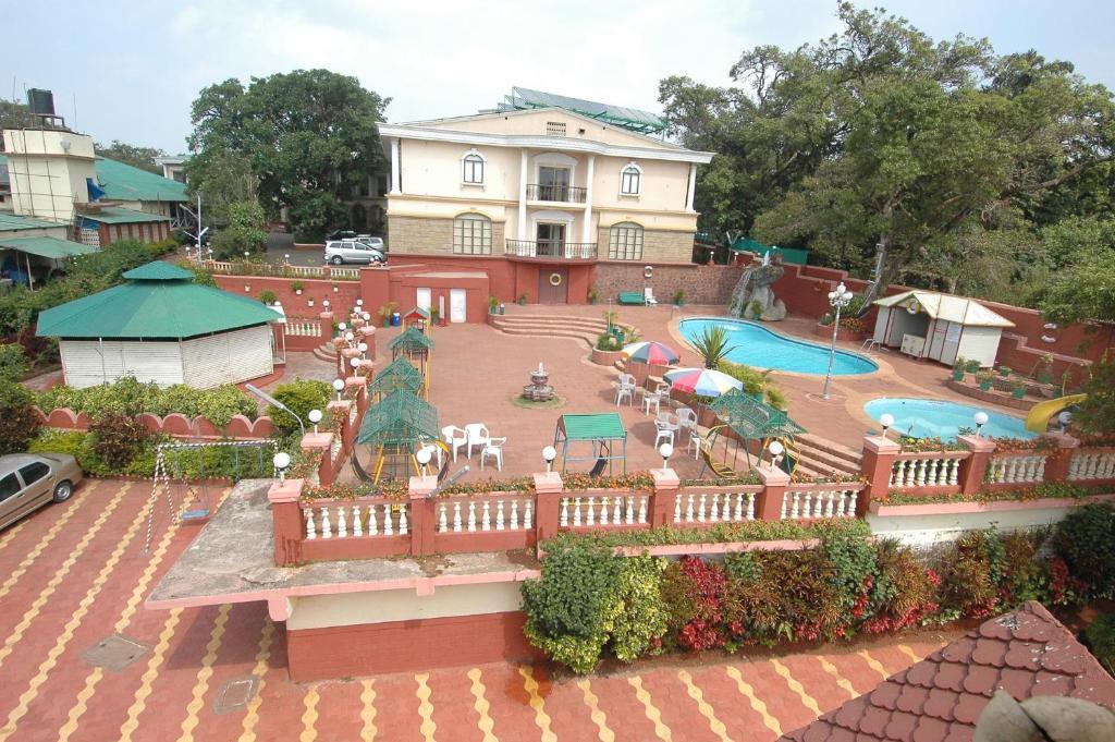 Hotel Rajesh in Mahabaleshwar
