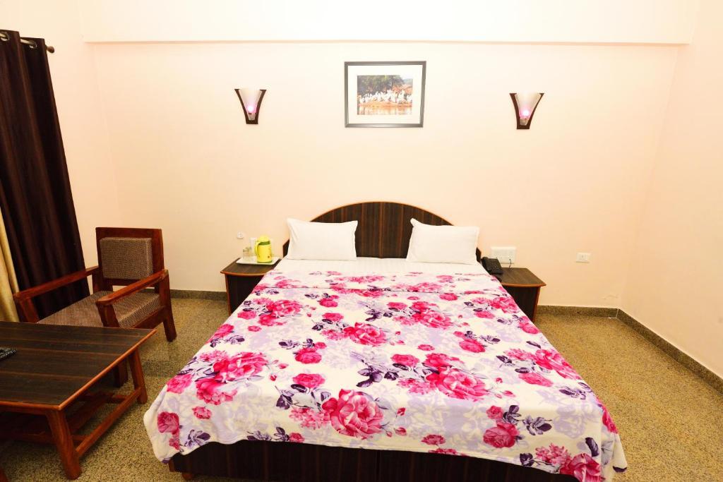 Geetanjali Hotel & Motel in Bharatpur