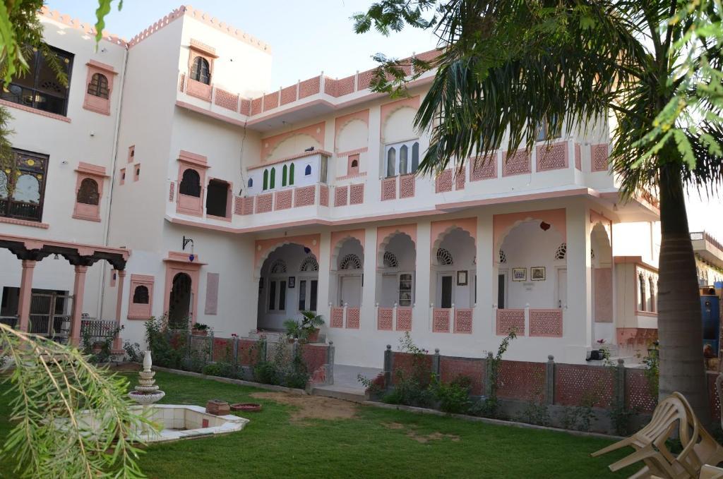 Hotel Kishan Palace in Bikaner