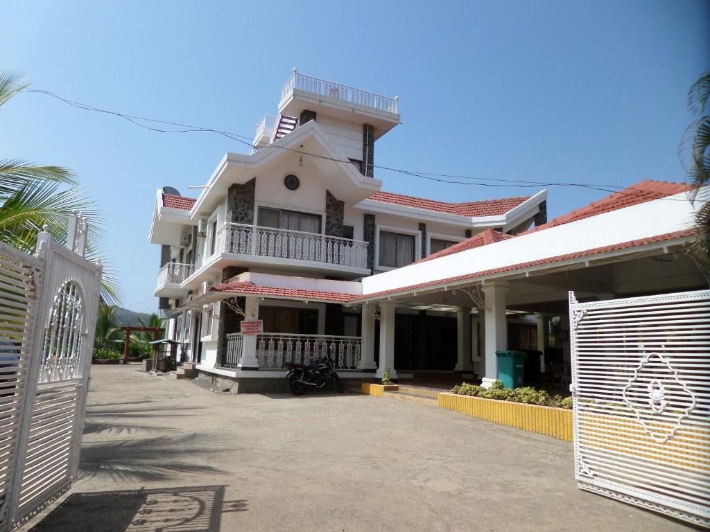 Royal Villa in Alibag
