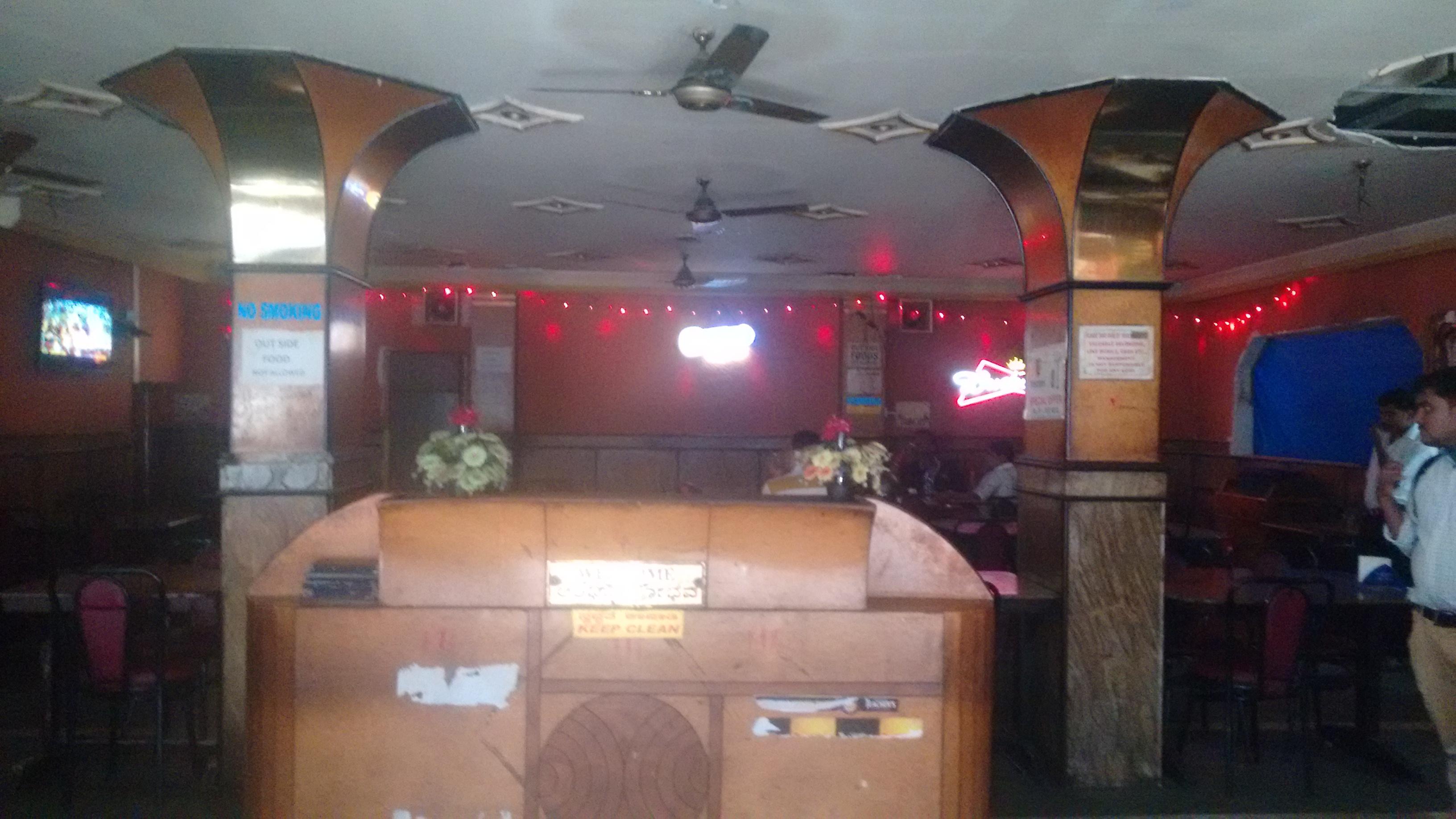 Hotel Sabharwal Inn in Bengaluru
