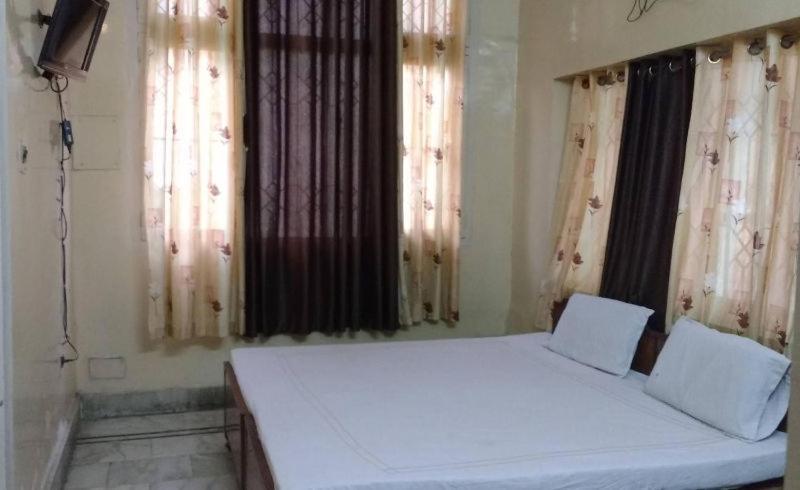 Hotel Ashirwad in Haldwani