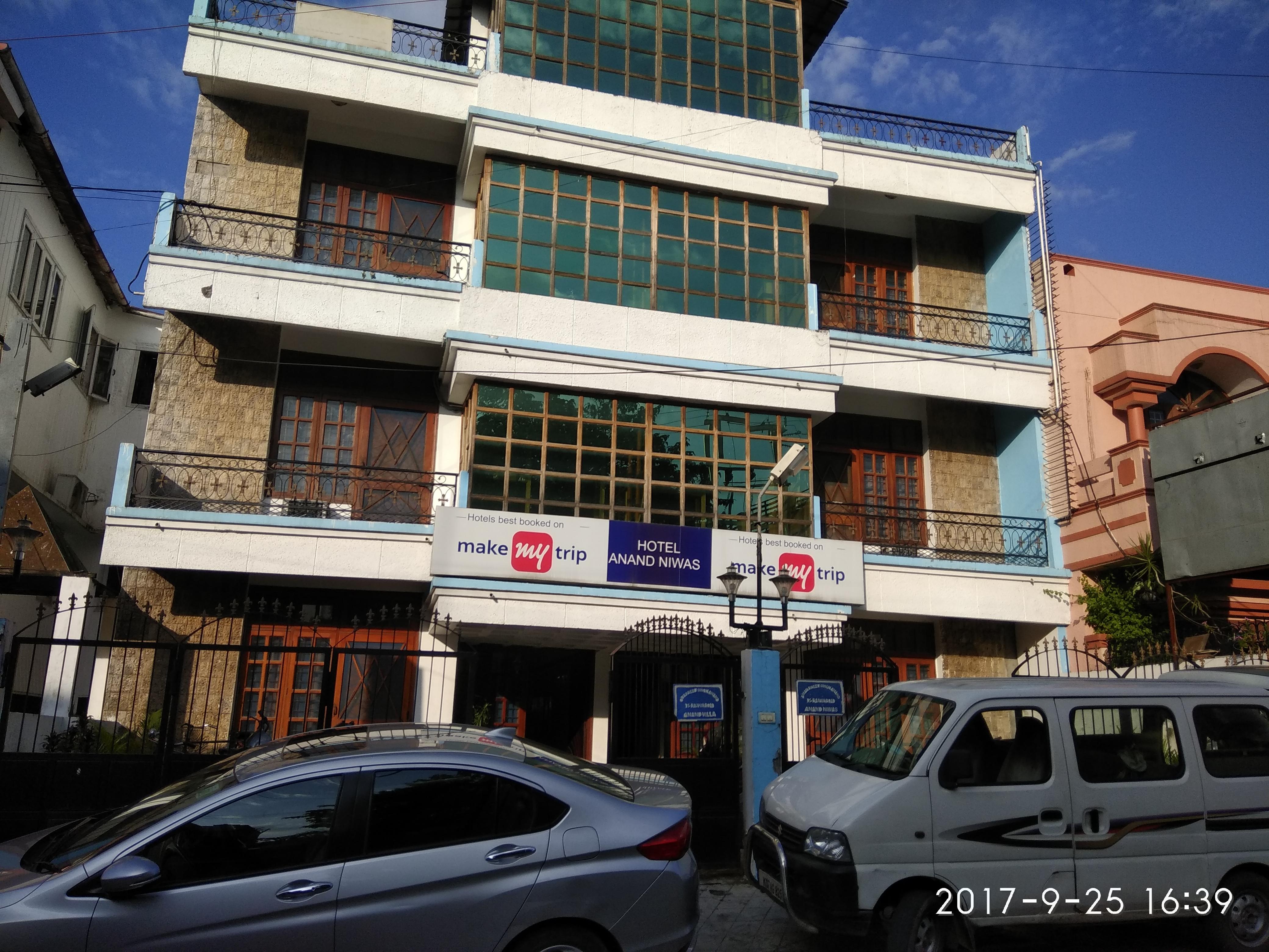 Hotel Anand Niwas in Dehradun