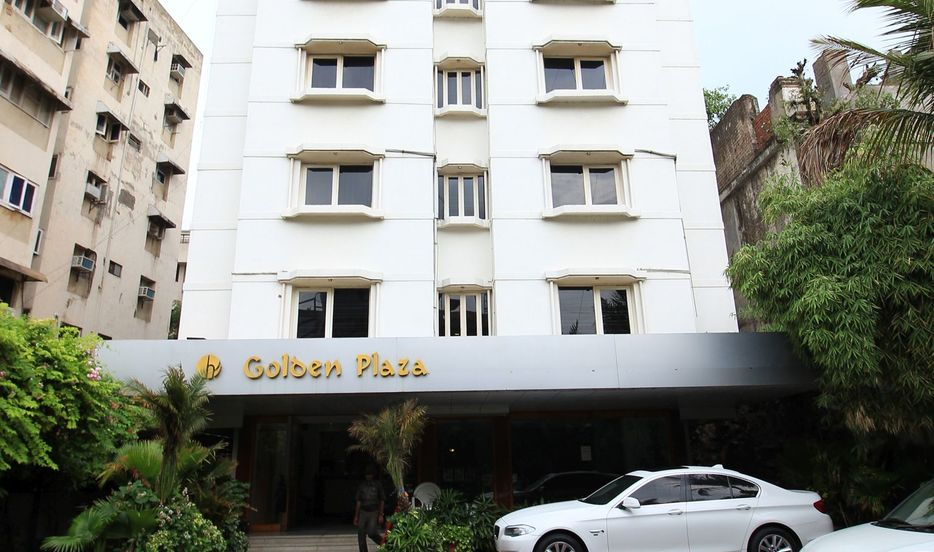 Hotel Golden Plaza in Ahmedabad
