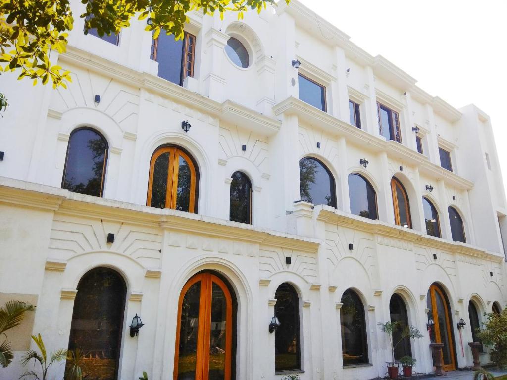 Hotel Kings Retreat in Patiala
