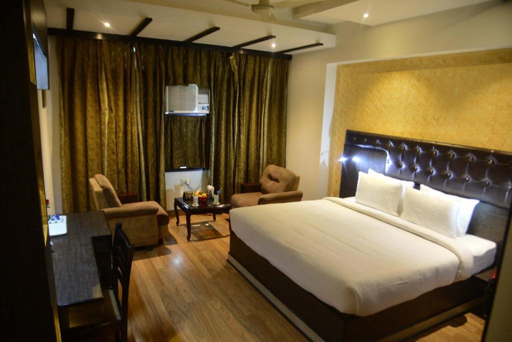 Hotel Krishna Continental in Bhatinda