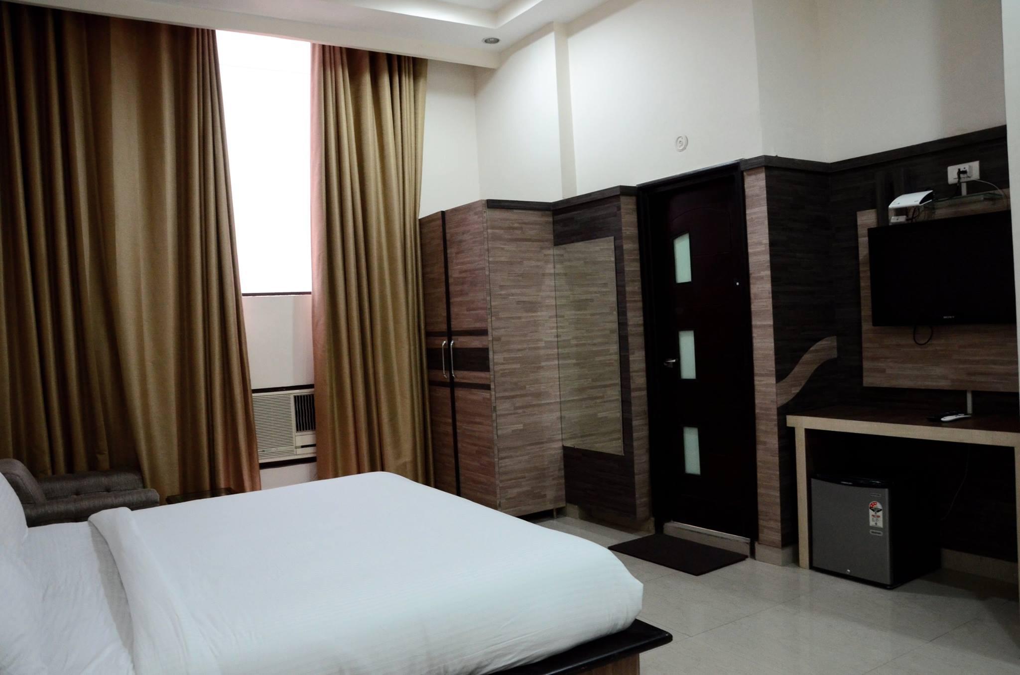 Hotel Gold Star in Bhatinda