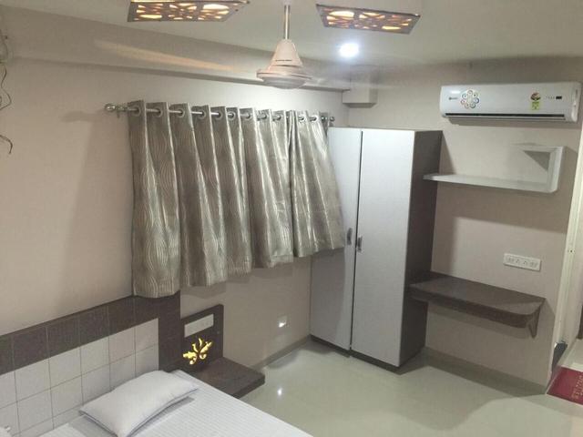 Odhav Guest House in Bhuj