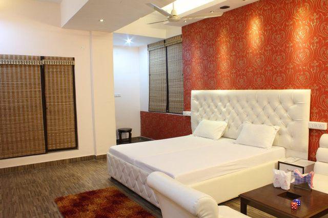 Hotel The Nest in Chandigarh