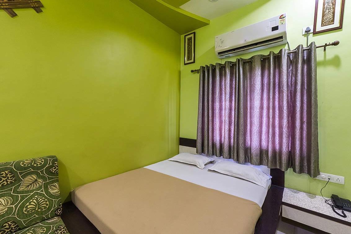 Risha Hotel in Chandrapur