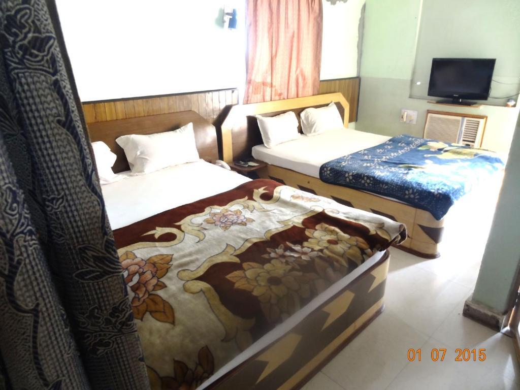 Hotel Yatrik in Deoghar