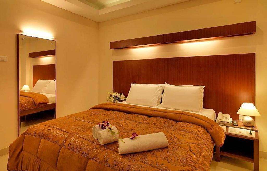 Dhanunjayas Luxury Hotel in Hosur