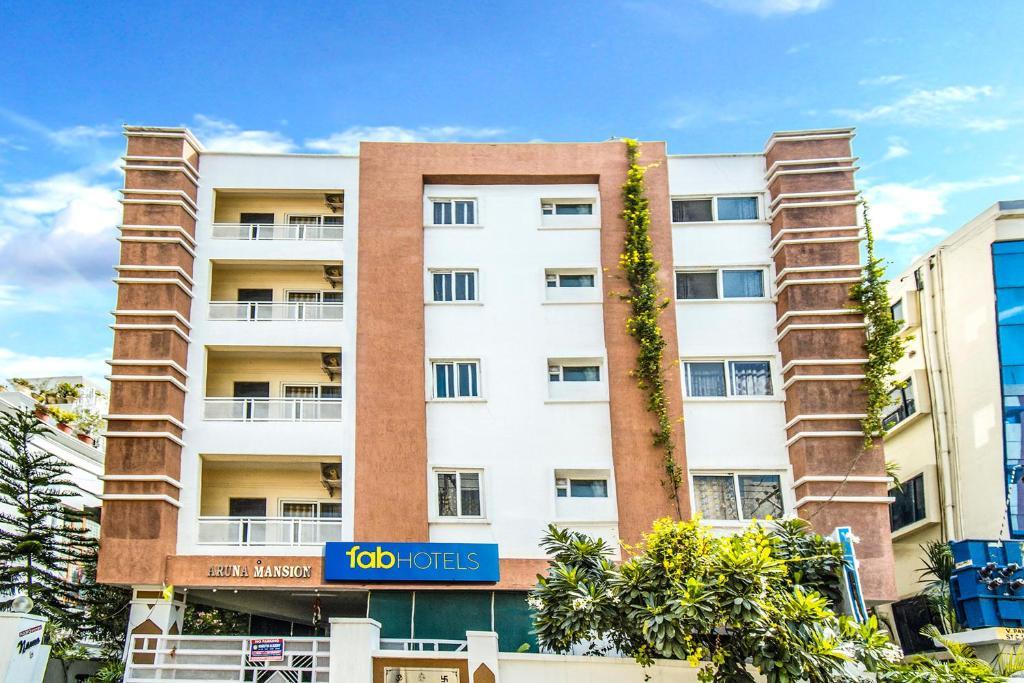 Fabhotel Namo Suites Madhapur in Hyderabad