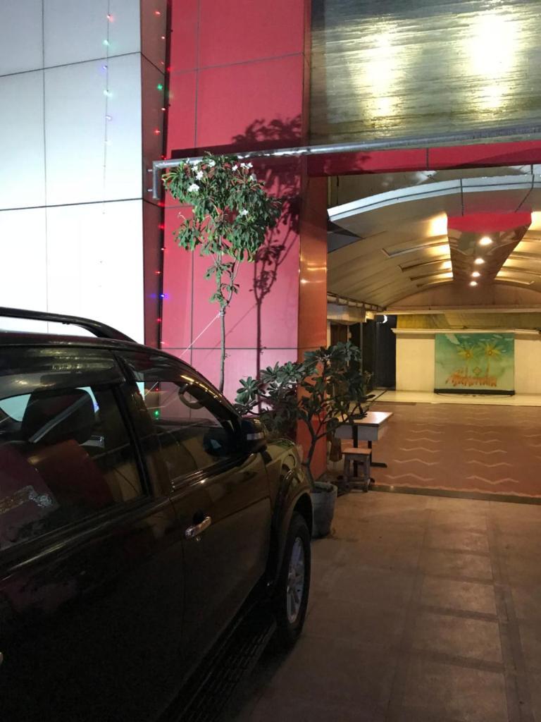 Hotel Mahendra in Jalgaon