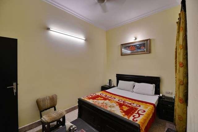 Hotel Fidalgo in Karnal