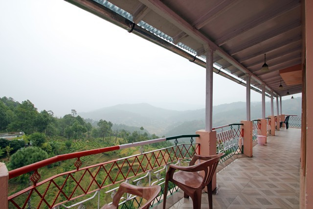 Hotel Mystic Mountain in Kausani
