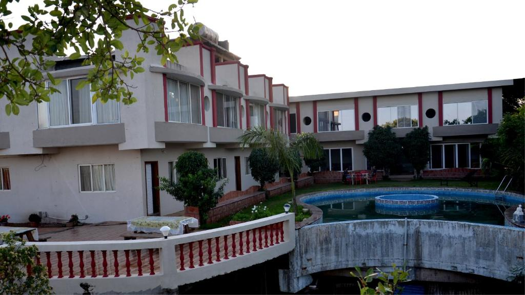 Sv-inns Dwarkadhish Resort in Mahabaleshwar