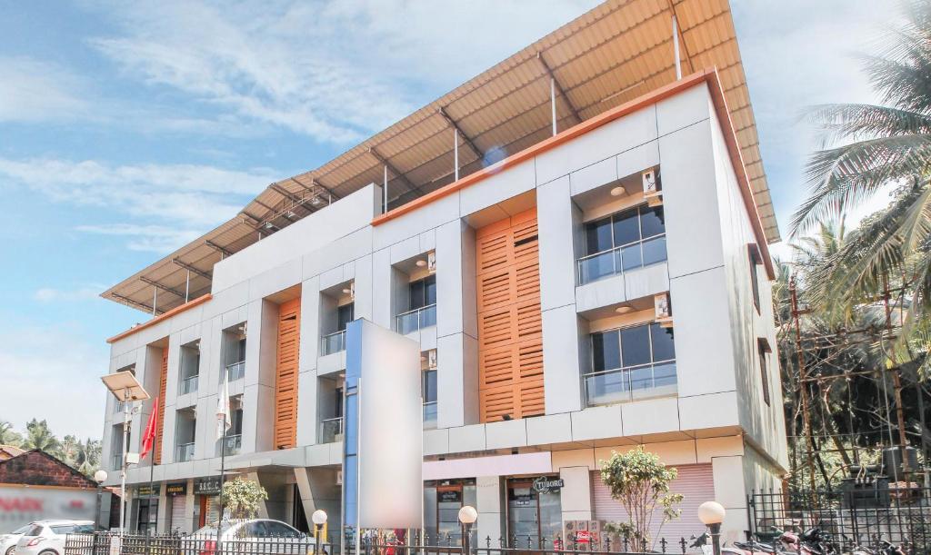 OYO 15532 Konark Residency in Malvan