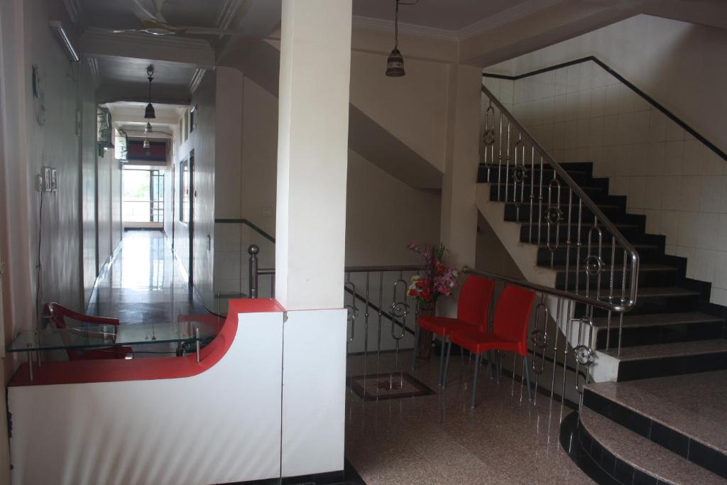 Hotel City Palace in Raipur