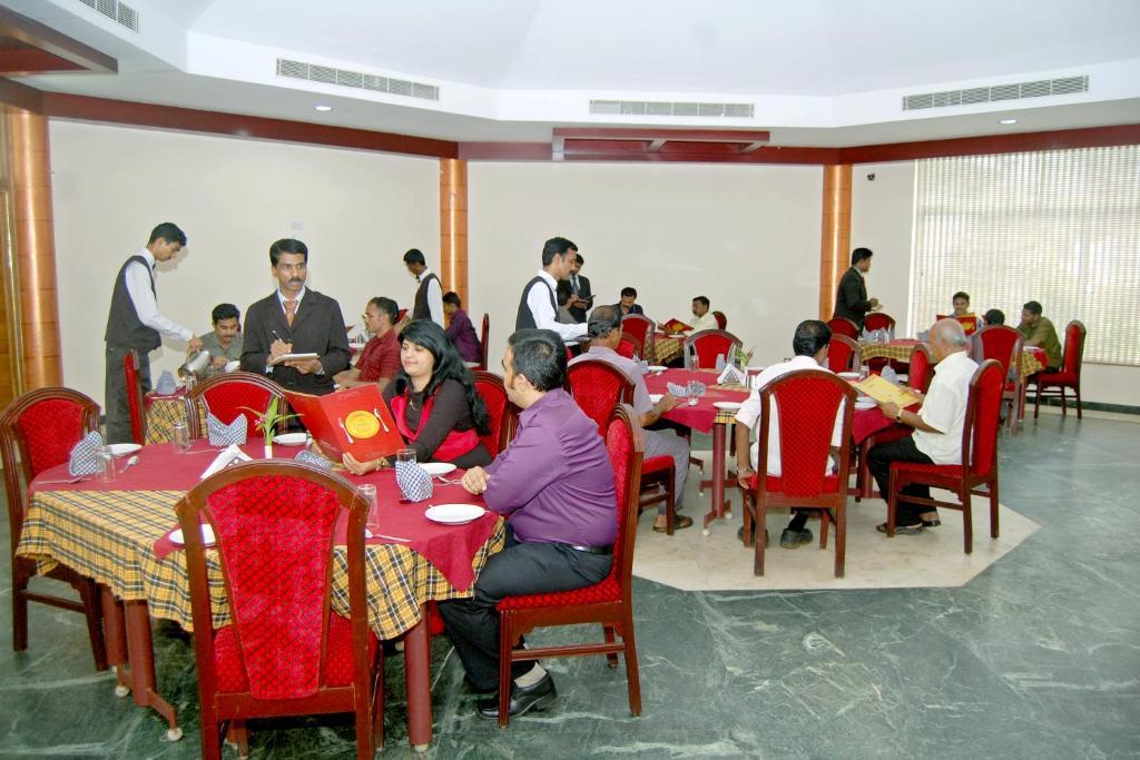 Hotel Kpm Tripenta in Palakkad