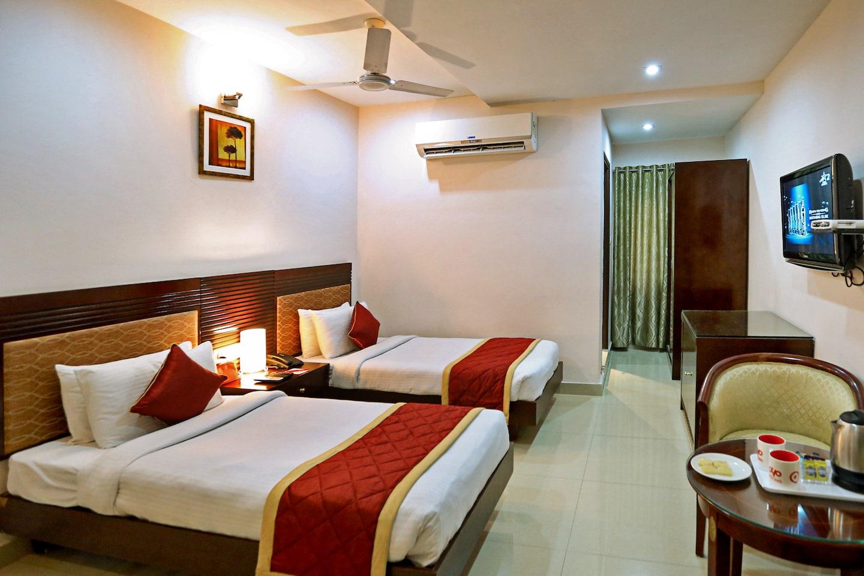 Oyo 706 Hotel Swagath Residency in Hyderabad