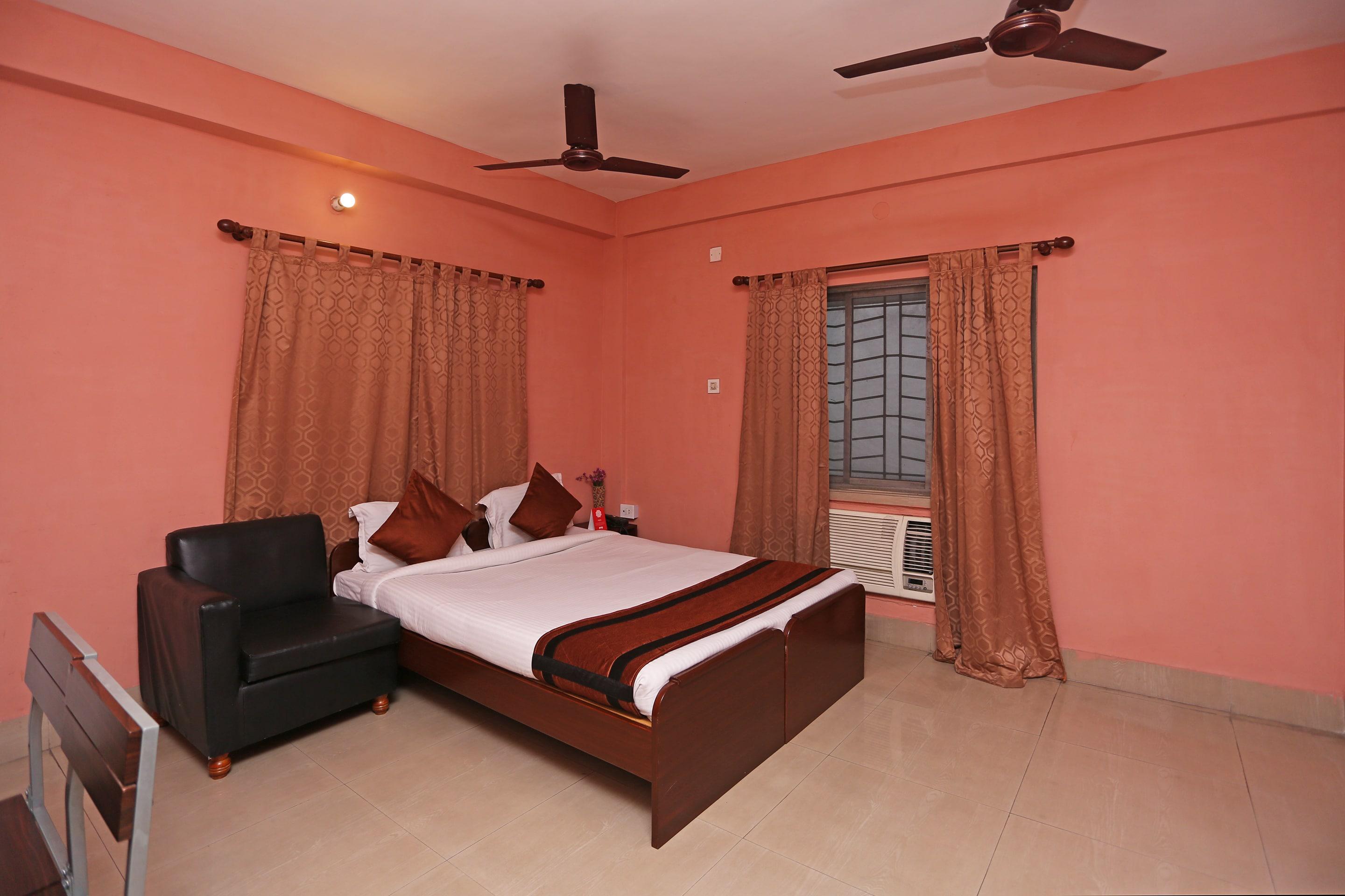 OYO 587 Tamanna Stay in Kolkata