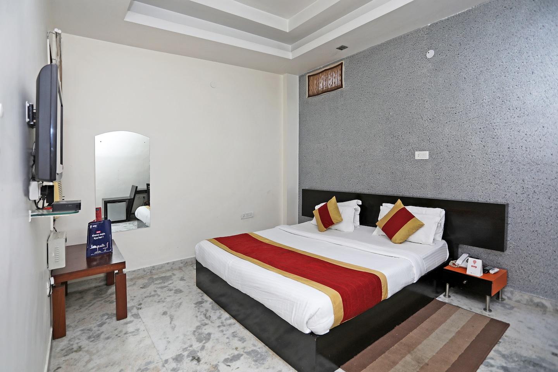 OYO 677 Hotel Nk Residency in Gurugram