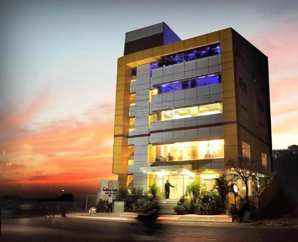 Golden Gate Hotel in Indore