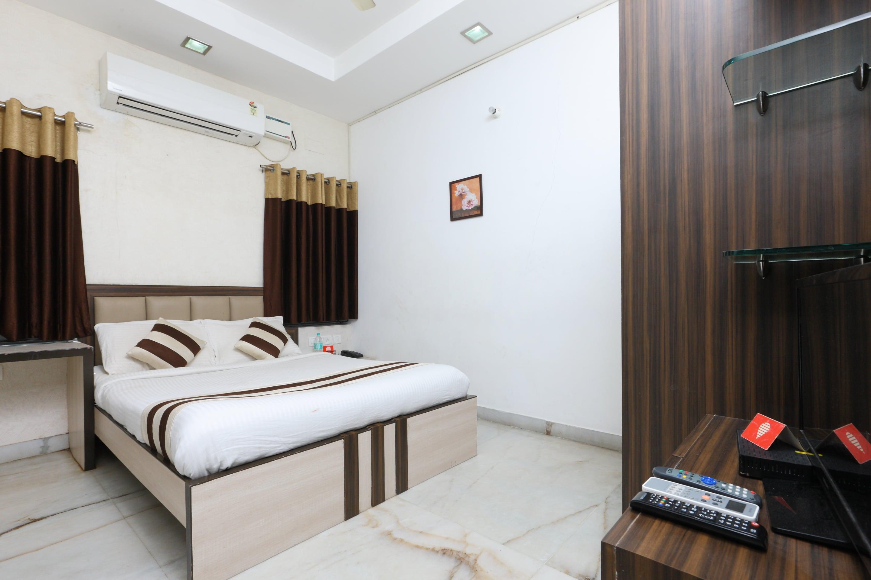 Oyo 2282 Apartment Velachery in Chennai