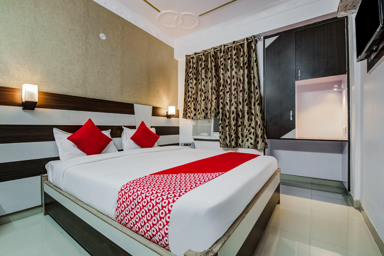 Oyo 3007 Hotel Mani International in Patna