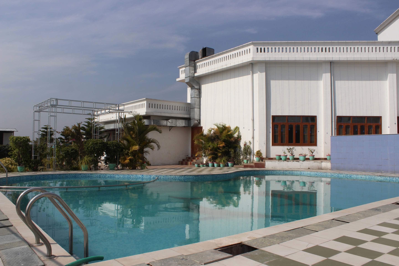 OYO 4288 Hotel Padmini Palace in Dehradun