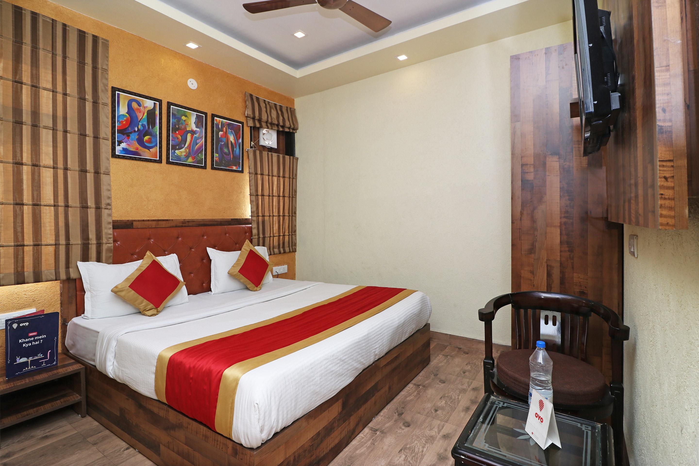 Oyo 4347 Happy Home Residency in Faridabad