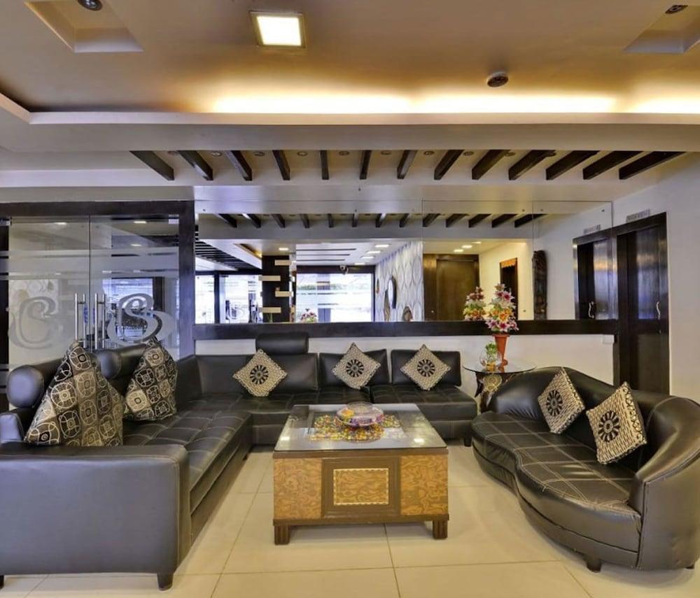 Hotel Blues Shivalik in Ranchi