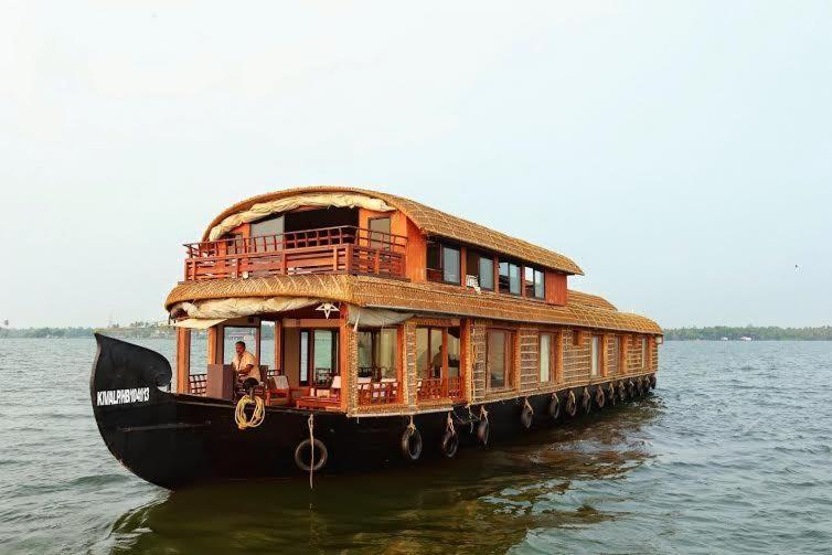 Gokul Cruise Houseboats in Alappuzha
