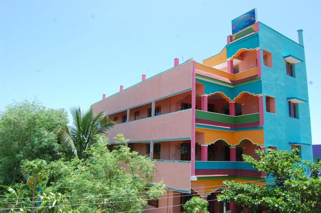 Rainbow Guest House Tiruvannamalai in Thiruvannamalai