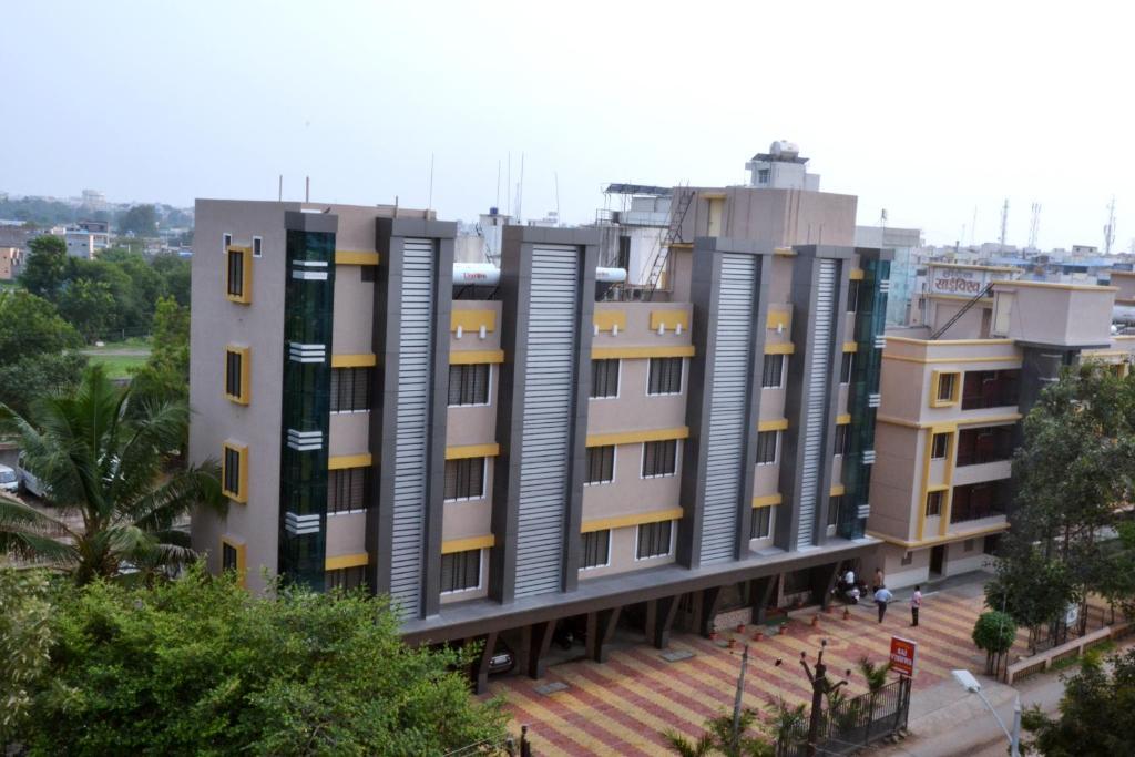 Hotel Yogiraj in Shirdi