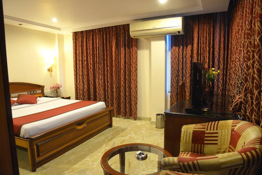 Hotel Raaj Residency in Bengaluru