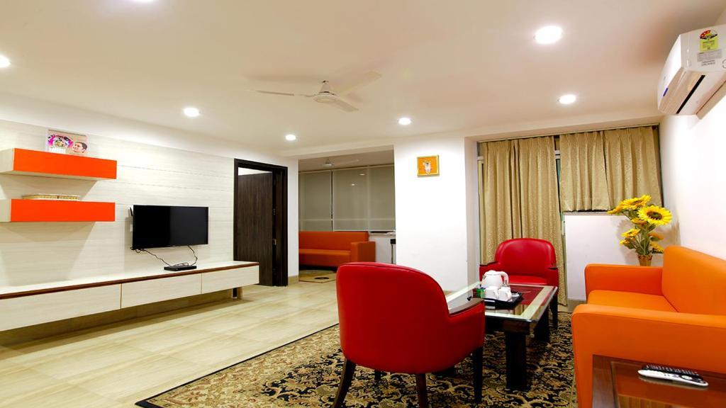 Hotel Santosh Dham in Vrindavan