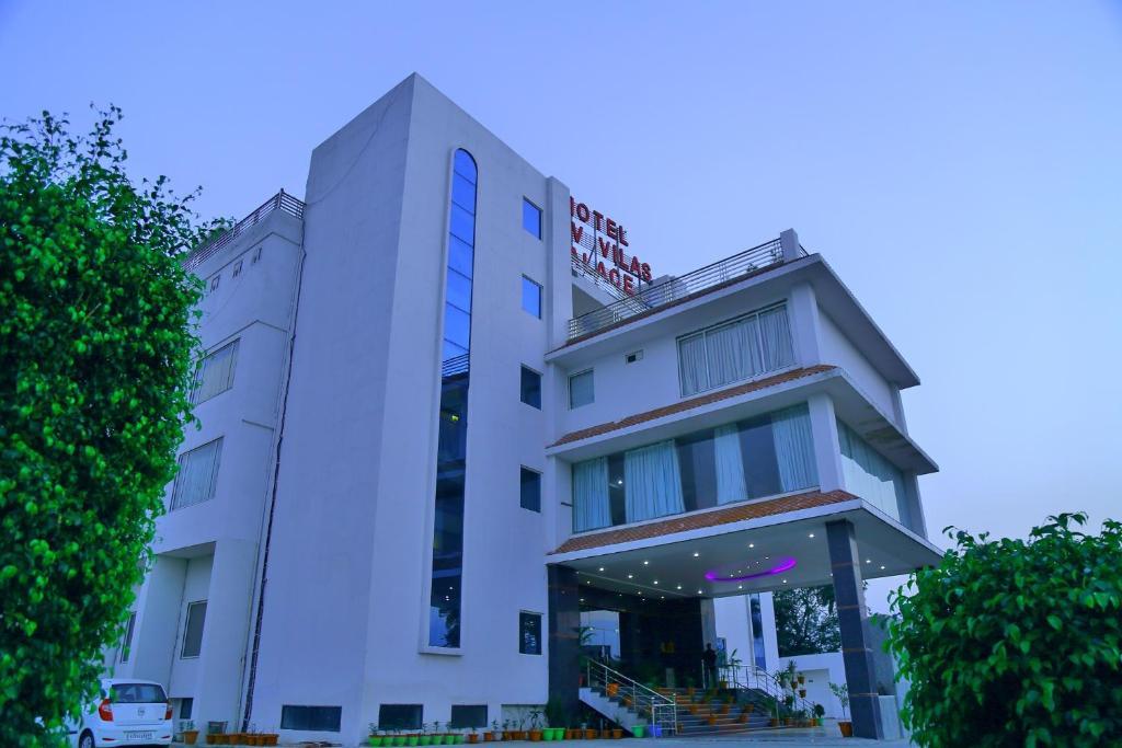 Shiv Vilas Palace Hotel in Bharatpur