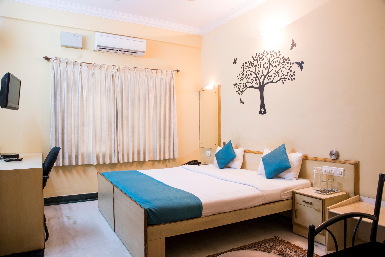 Oyo 4606 Hotel Maple Green Suites in Bengaluru