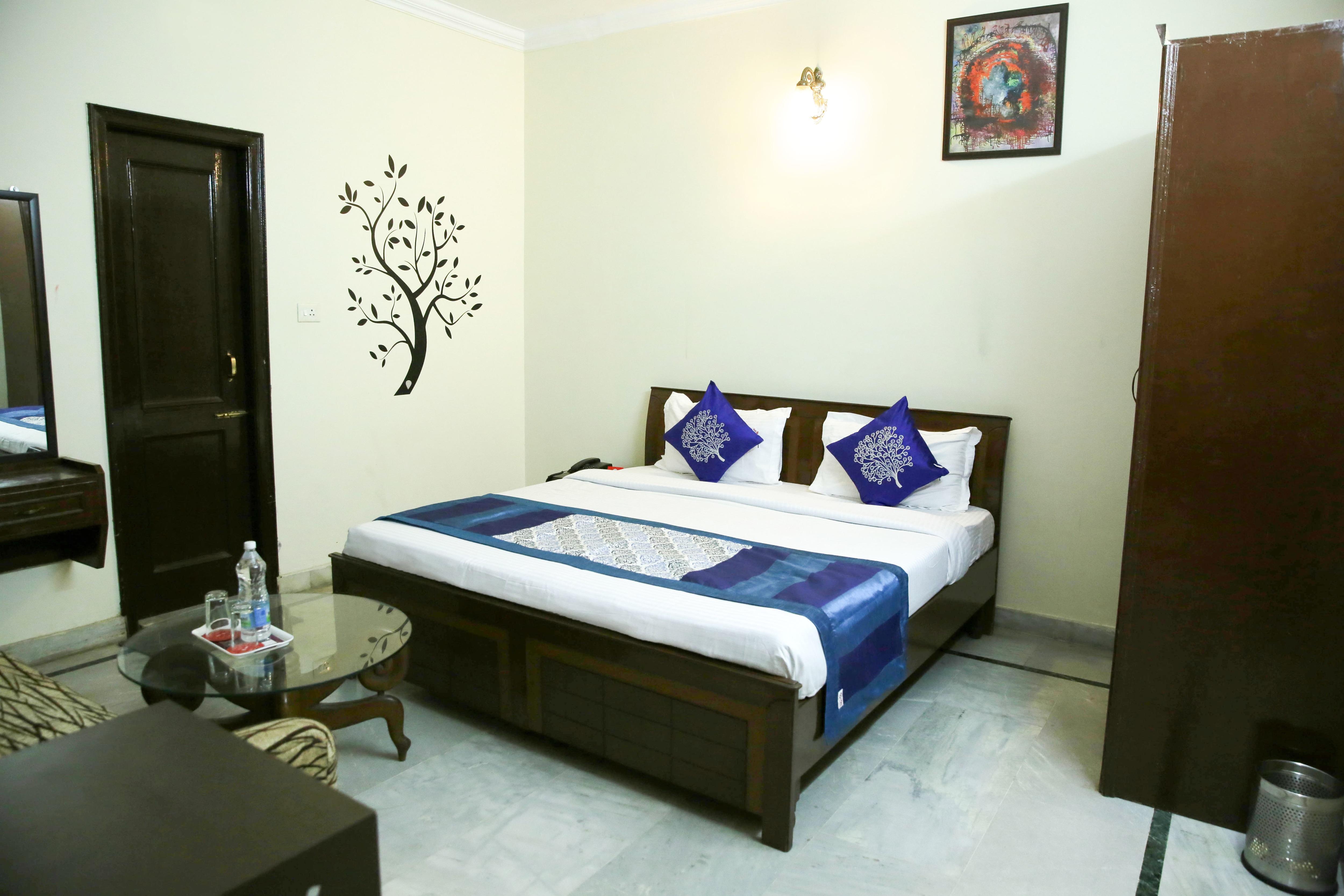 OYO 4728 Hotel Aman Regency in Chandigarh