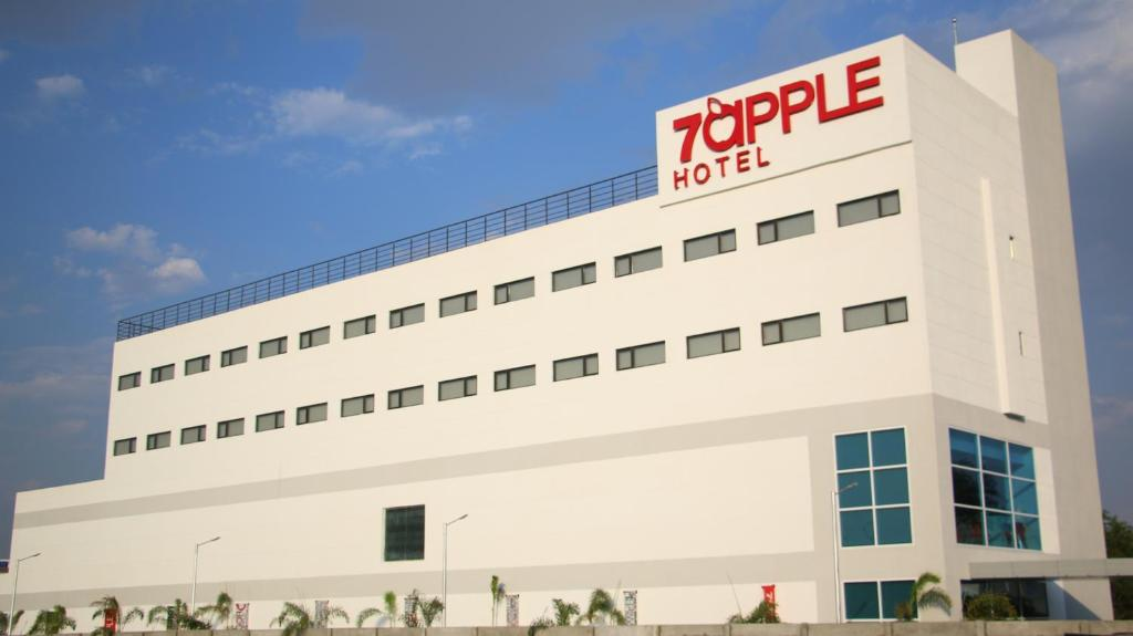 7 Apple Hotel in Aurangabad