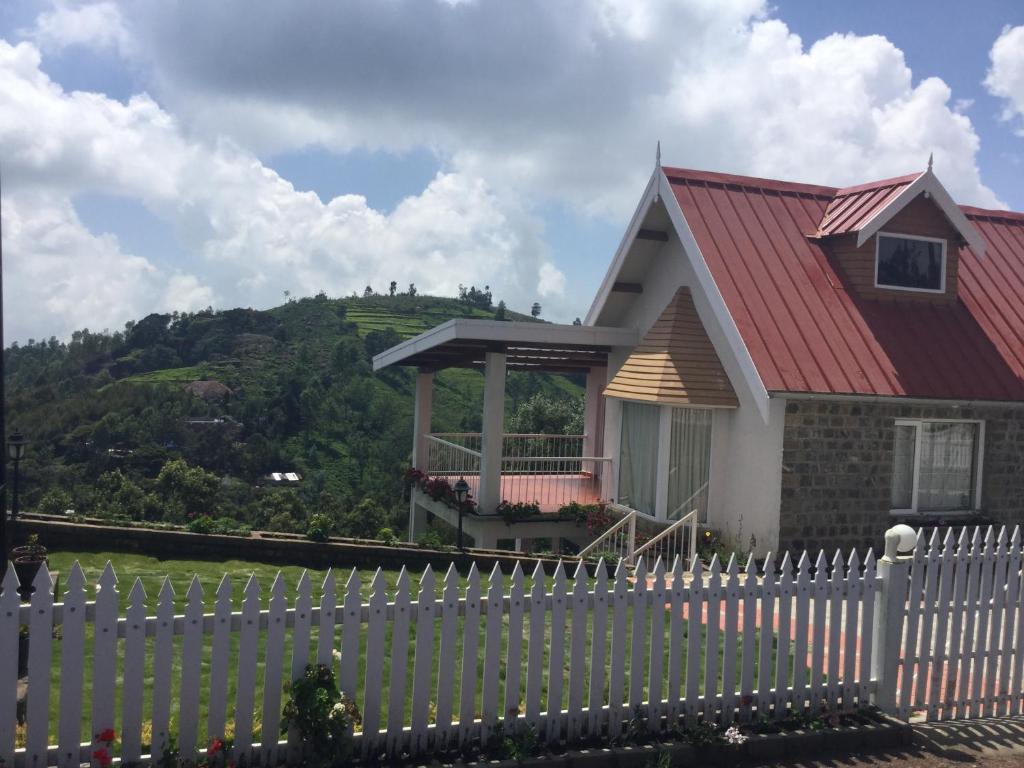 Sree Harshav Cottages Hillsborough in Coonoor