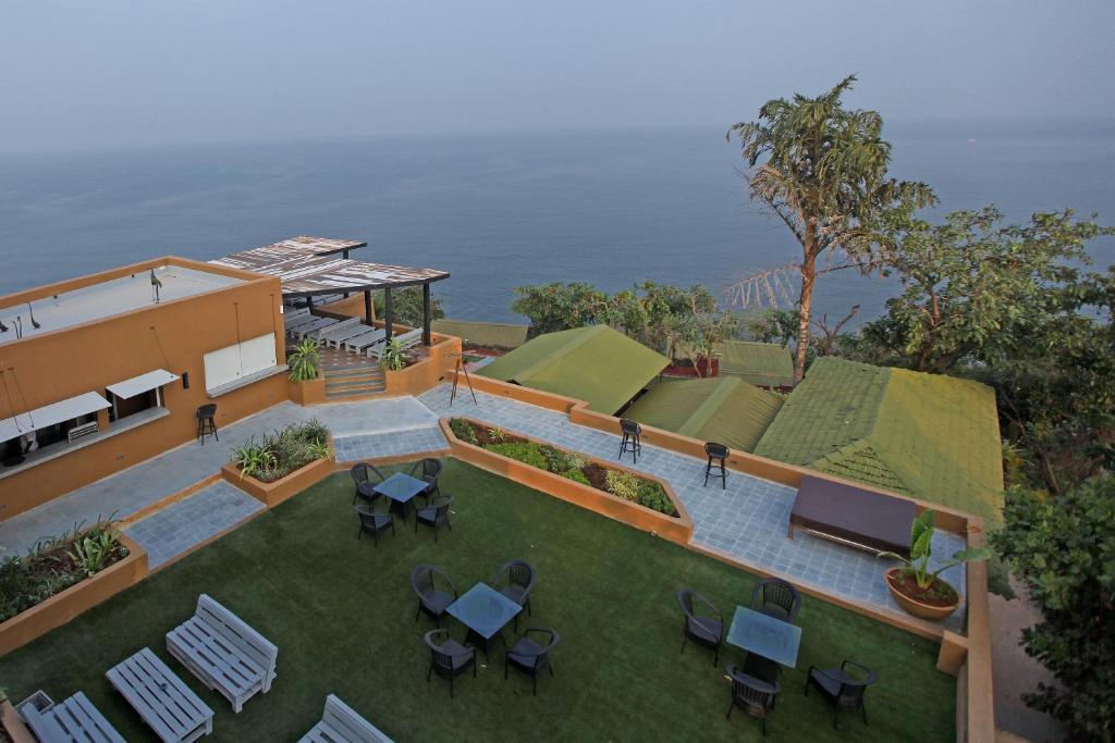 Shalai The Cliff Resort in Vagator