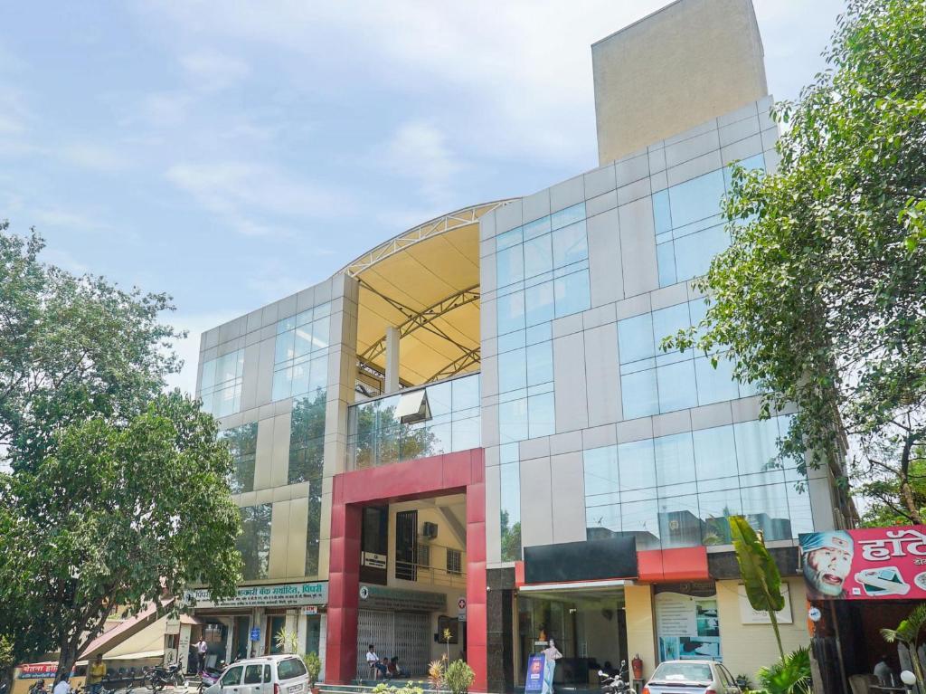 Oyo 1647 Hotel Regent in Pimpri