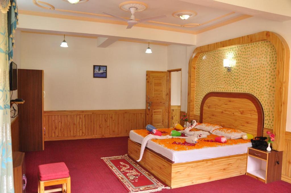 Hotel King's Land in Manali
