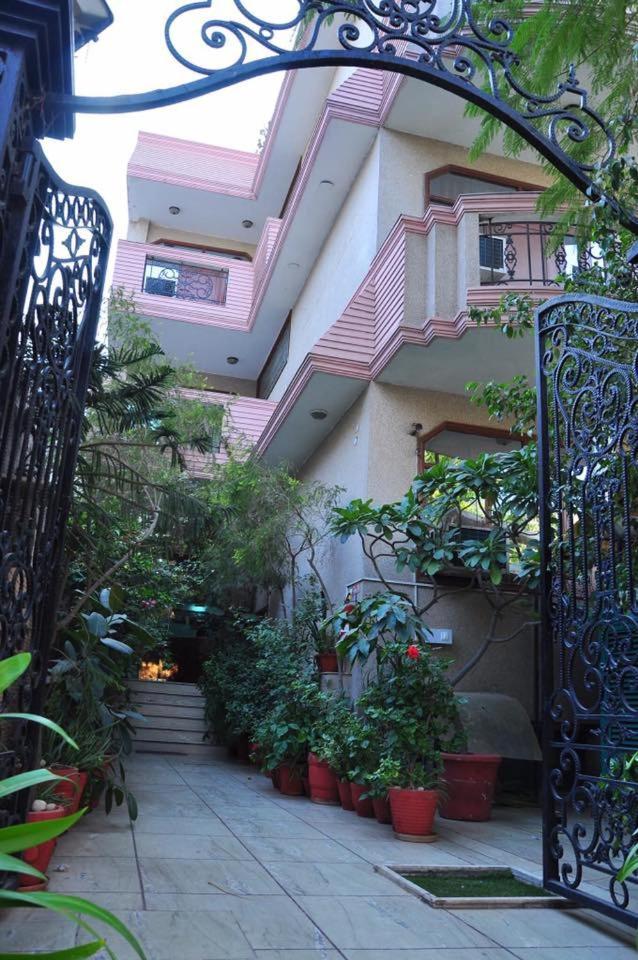 Hotel Mayarch in Gurugram