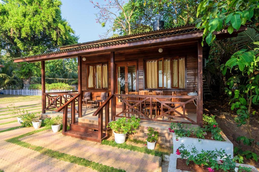 Saffronstays Little Paradise in Murud