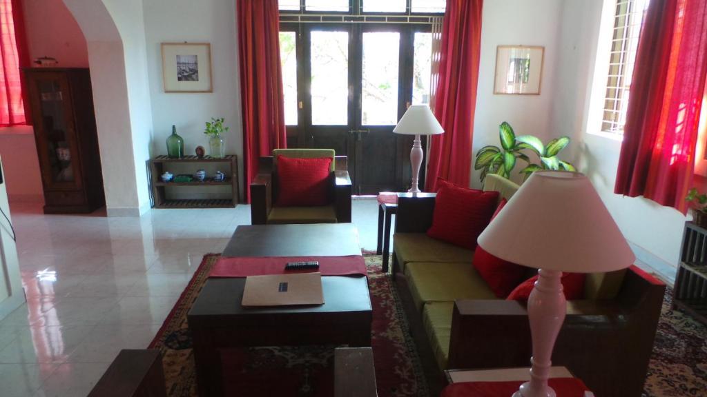 Suite Near Mall De Goa in Porvorim